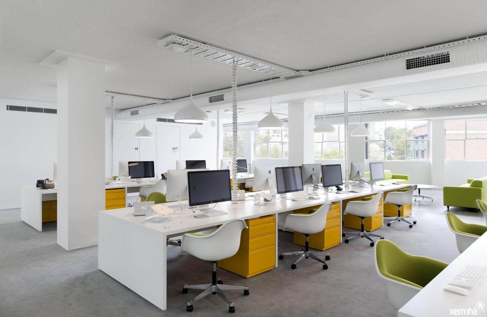 Những nguyên tắc sắp xếp bàn làm việc trong văn phòng