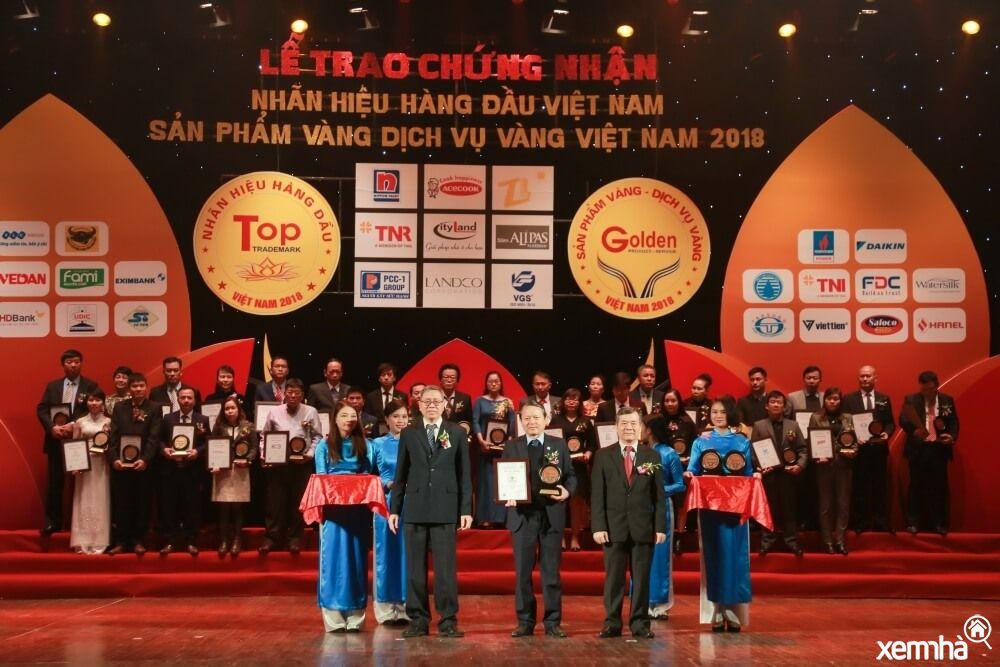 Văn Phú Invest nhận giải thưởng bất động sản